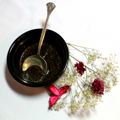 DIY GREEN TEA, HONEY & SUGAR FACIAL SCRUB