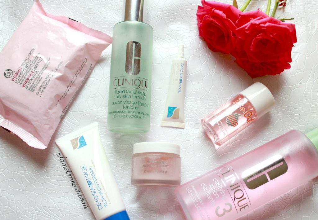 Flatlay skincare products